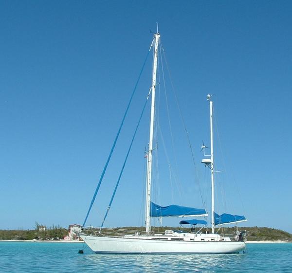 CT 47 Ta Chaio At anchor in Bahamas