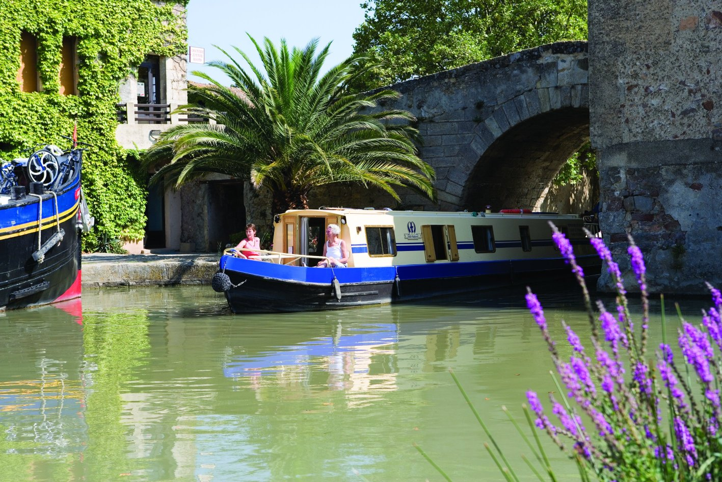 Boatyard Midi Explorer 4