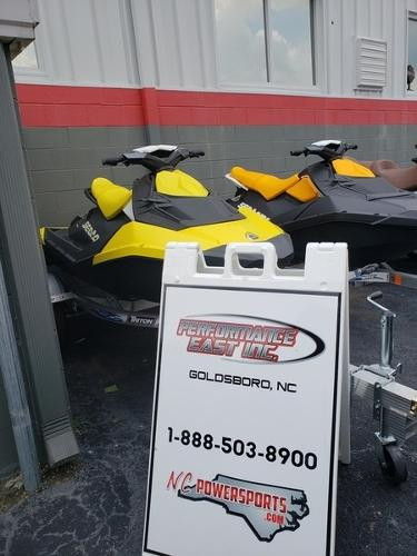 Sea-Doo Spark 2 UP 900 HO ACE
