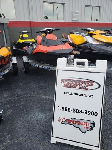 Sea-Doo Spark 2UP 900 HO ACE 64HJ