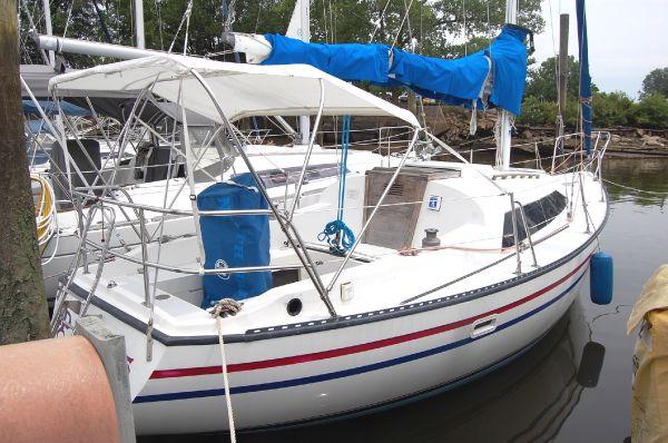 Lancer 30 Starboardside View