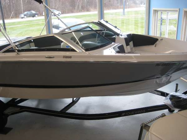 Four Winns 200 HORIZON (260 HP)