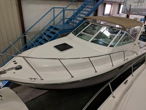 Tiara 2900 Open Port Profile