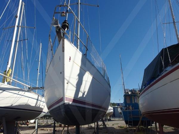 Beneteau Oceanis Clipper 361 Image #1