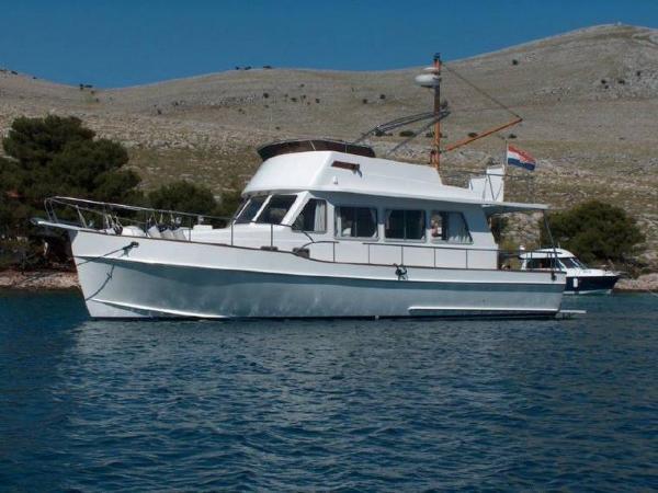 Island Gypsy Euro Sedan 39 ISLAND GYPSY EURO SEDAN 39