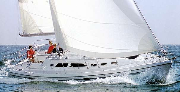 Catalina 380 Manufacturer Provided Image - Catalina 380 Wing Keel