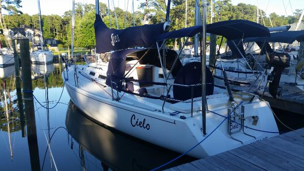 J Boats J/120 Shoal Draft Carbon mast