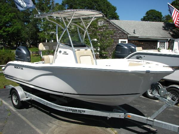 Sea Fox 206 Commander Starboard Profile