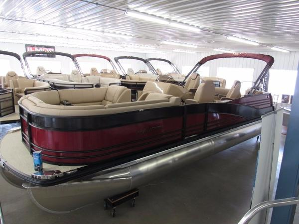 Harris Grand Mariner Series SL 270