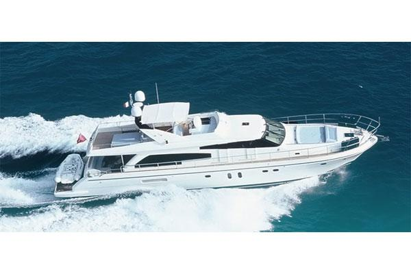 Guy Couach 2200 Fly Guy-Couach-2200-Fly-Seven-Yachts