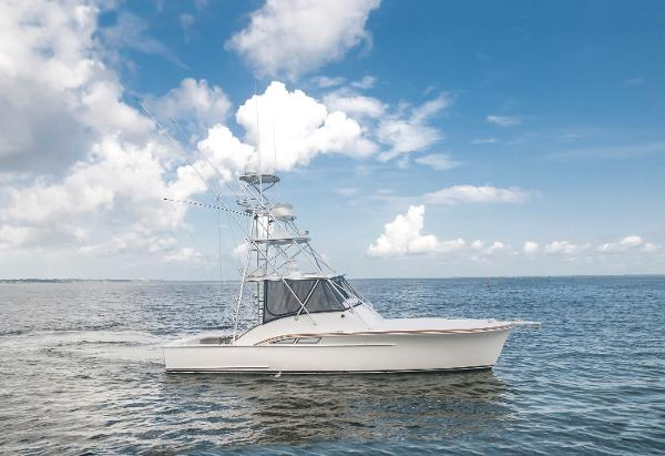 Miller Marine 36 Express Starboard Profile
