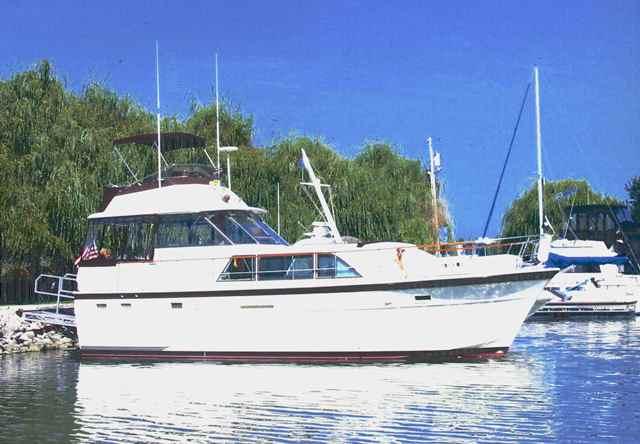 Hatteras 43DC Motoryacht