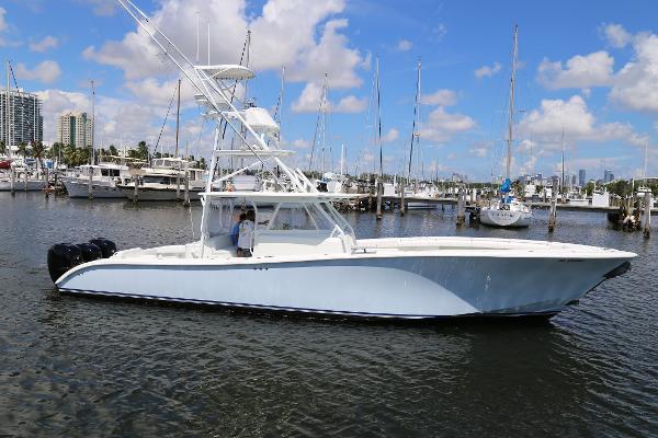 Yellowfin 42
