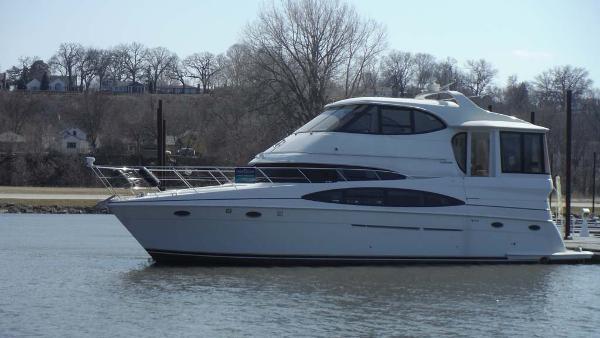 Carver 506 Aft Cabin Motor Yacht Profile