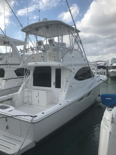 Tiara Yachts 3900 Convertible
