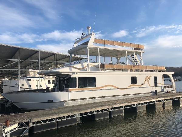 Monticello 70' River Yacht