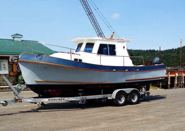 Canoe Cove Sedan Cruiser