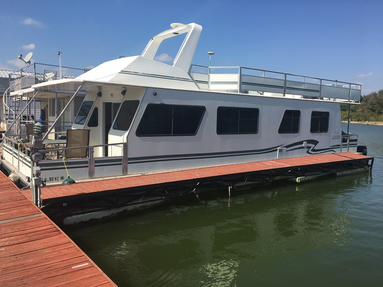 Myacht Houseboat