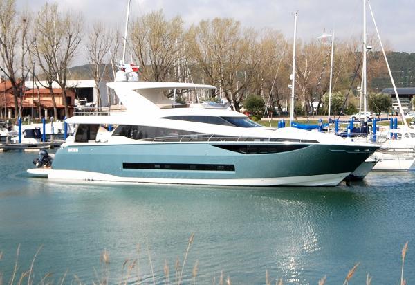 Prestige Yachts Prestige 750