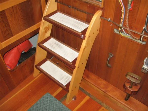 companionway from forward stateroom