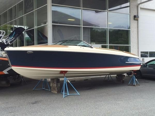 Chris-Craft Capri 25