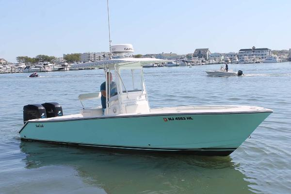 SeaCraft 25 CENTER CONSOLE