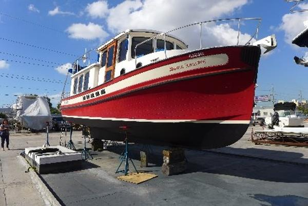 Nordic Tugs 32- clean, fully equipped, low hours