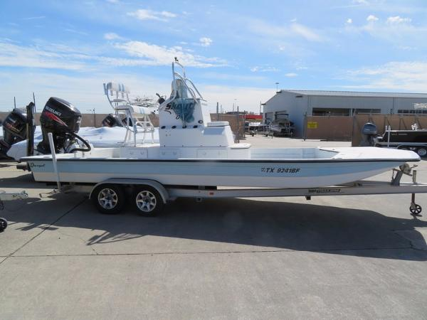 Dargel Boats SKOUT 240 PRO