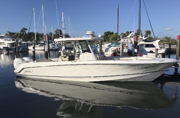 Boston Whaler 330 Outrage