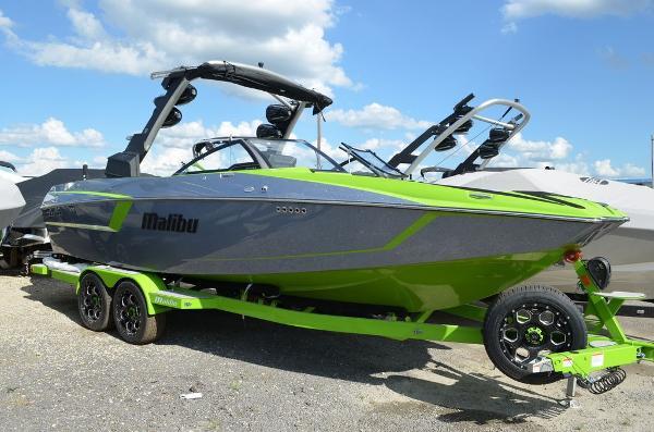 Malibu 24 MXZ