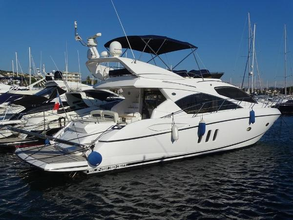 Sunseeker Manhattan 52 profile 1