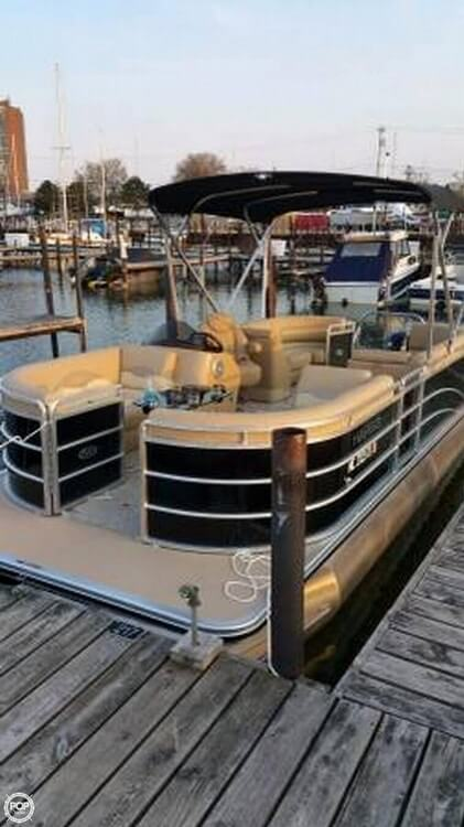 Harris Cruiser 220 2015 Harris Cruiser 220 for sale in Saint Clair Shores, MI