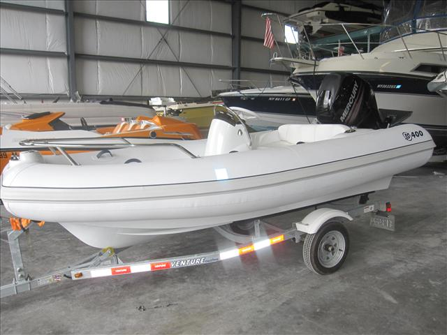 Mercury Boats Inflatable M400