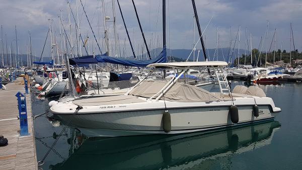 Boston Whaler 270 Vantage