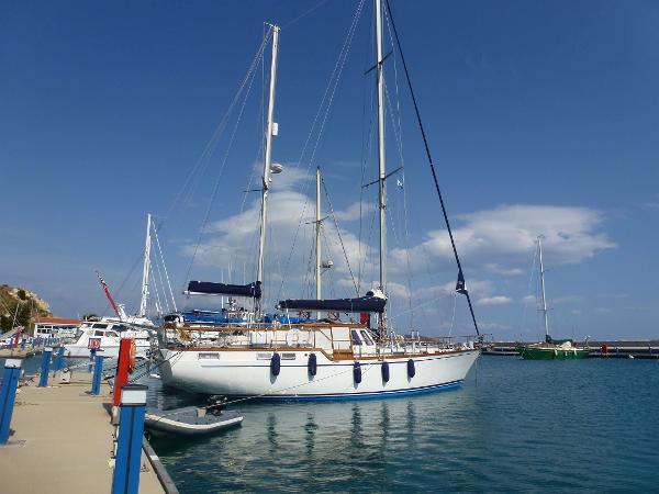 Nauticat 52 Main