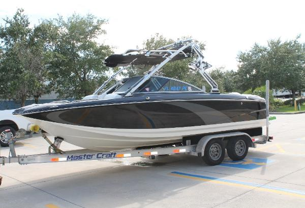 Mastercraft X25 Port View
