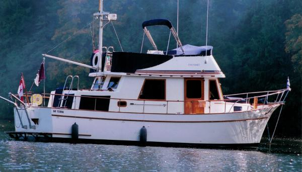 CHB Puget Trawler Starboard Side
