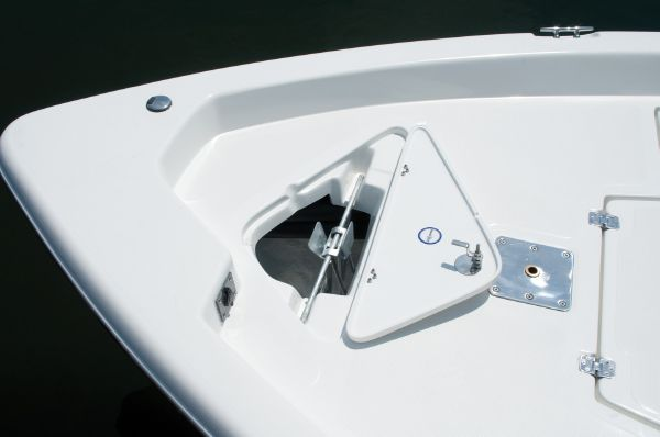 2015 Nautic Star 1910 Nautic Bay Bow with Anchor and Locker