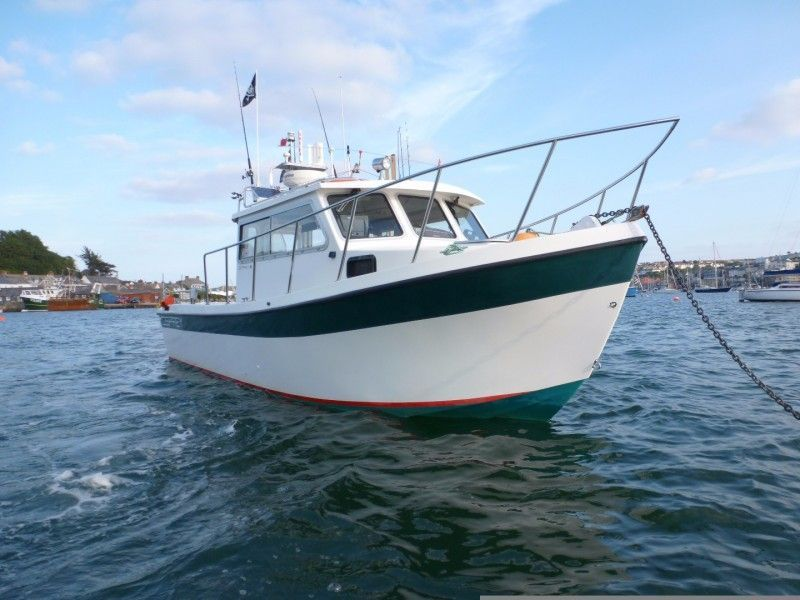 Osprey 26 Pilothouse