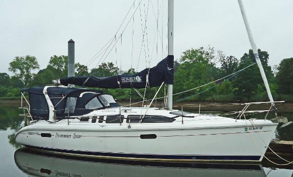 """Hunter 340 """"Summer Star"""""""