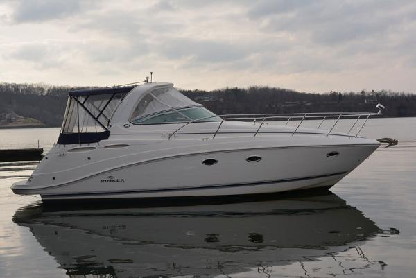 Rinker 350 Express Cruiser Starboard Profile