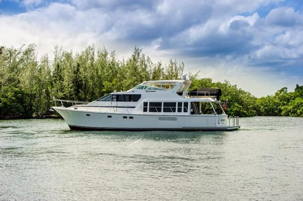 Pacific Mariner Pilothouse M/Y