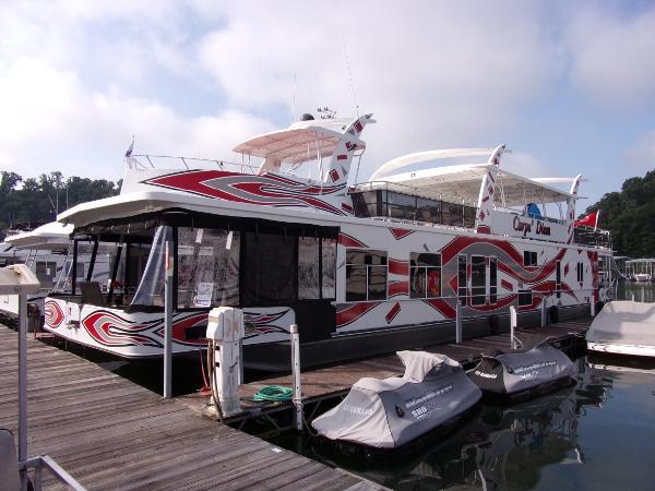 Sharpe Houseboat