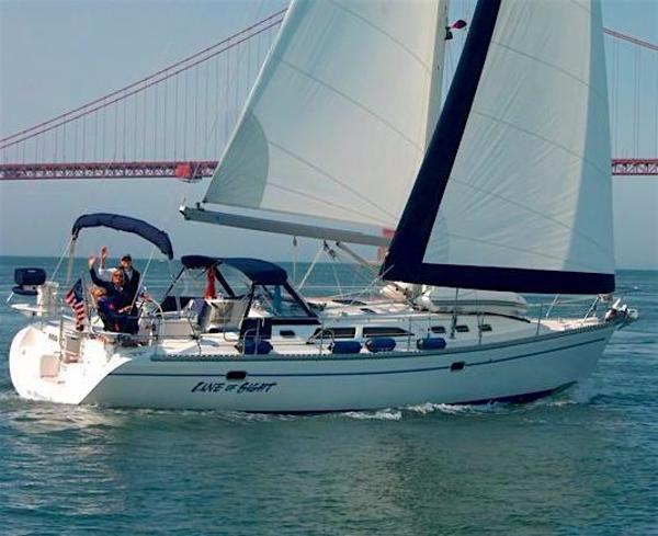 Catalina 400 MkII Sailing in the Bay