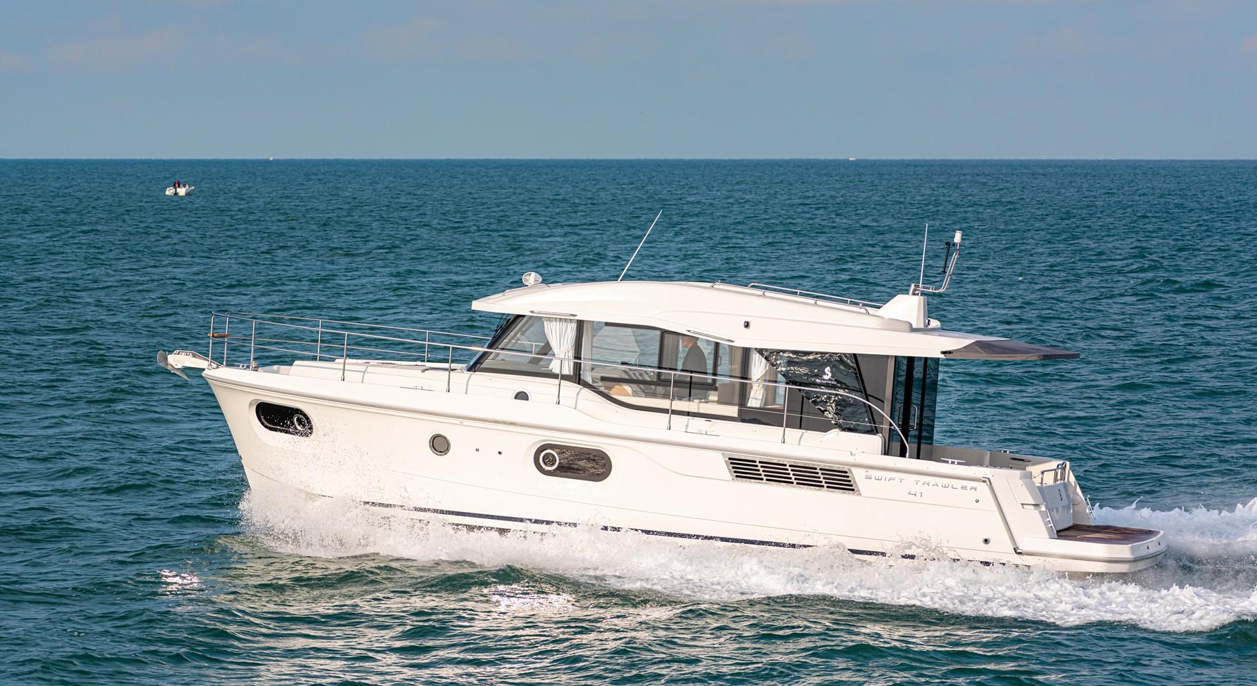 Beneteau Swift Trawler 41 Sedan Beneteau Swift Trawler 41 Sedan