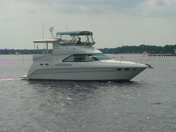 Sea Ray 370 Aft Cabin motoryacht Photo 1