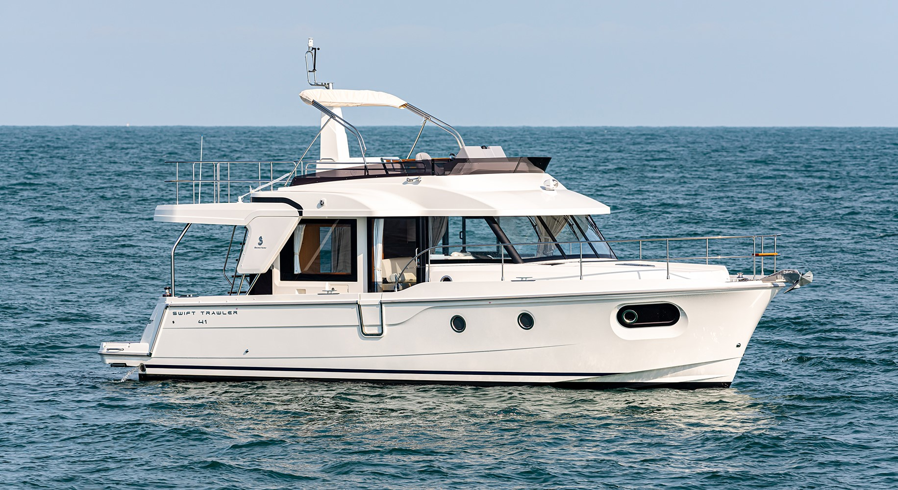 Beneteau Swift Trawler 41 Fly Beneteau Swift Trawler 41 Fly