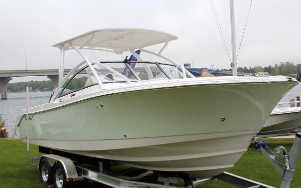 Edgewater 245 CX