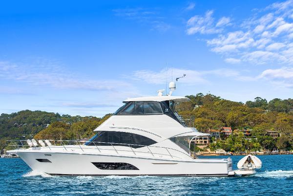 Riviera 57 Enclosed