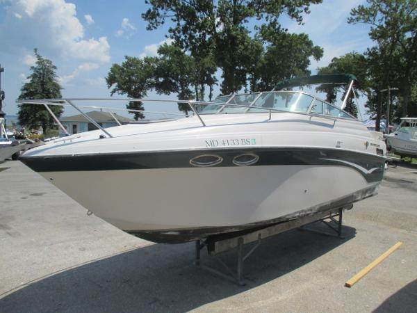 Crownline 262 CR Port View